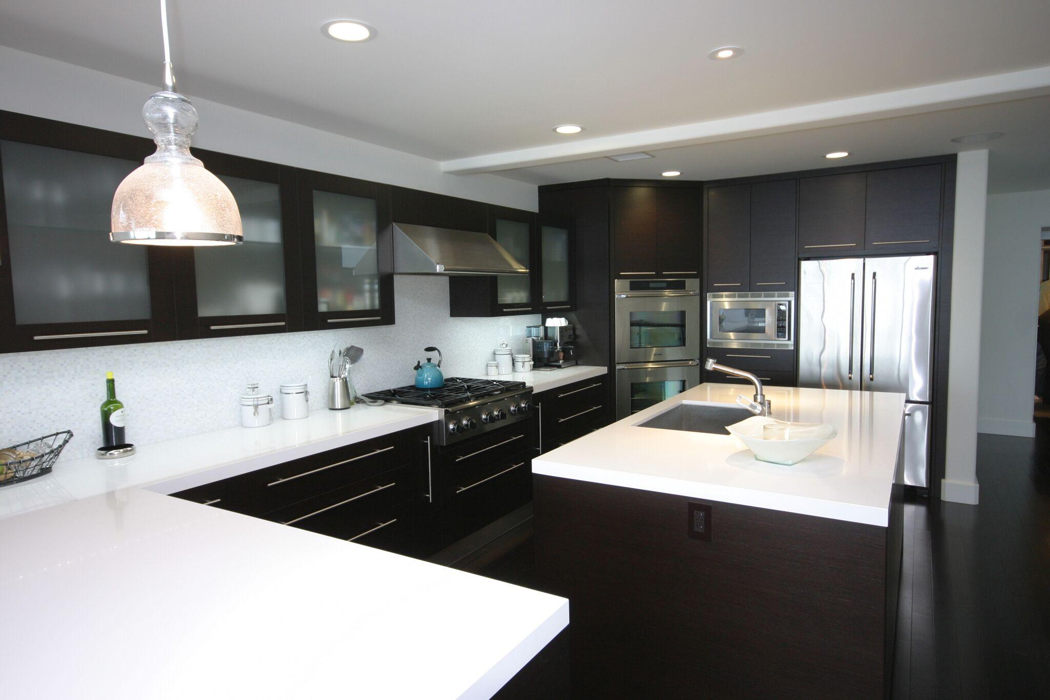 Best Custom Kitchen Cabinets